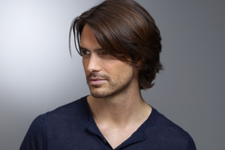 coiffure homme cheveux fins et long
