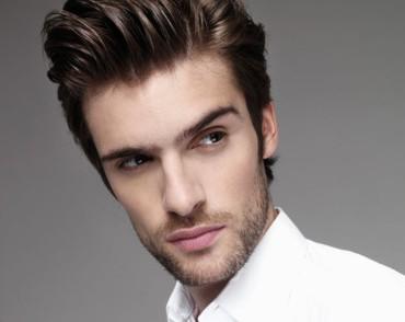 coiffure homme cheveux long avec gel