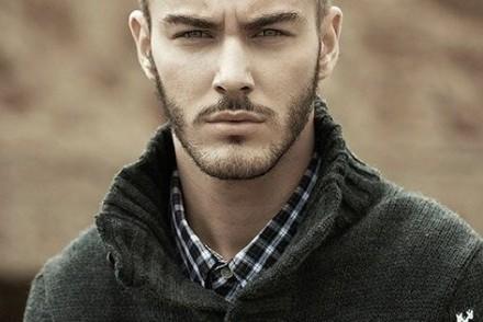 coiffure homme rockeur visage long