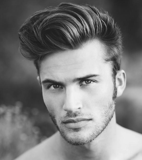 coiffure homme visage rond lunettes