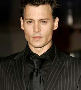 coupe de cheveux courts johnny depp