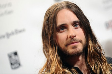 jared leto cheveux long