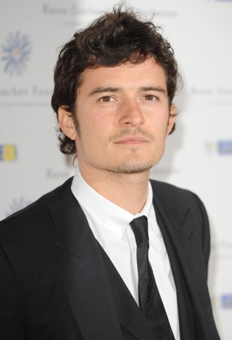 orlando bloom coiffure visage carre